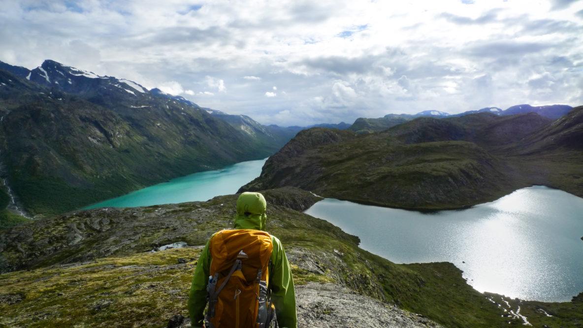 Hike Noorwegen wandelen bergen natuur gletsjermeer Sail zeilen zeilreis rondreis Lofoten Vesteralen zeilvakantie