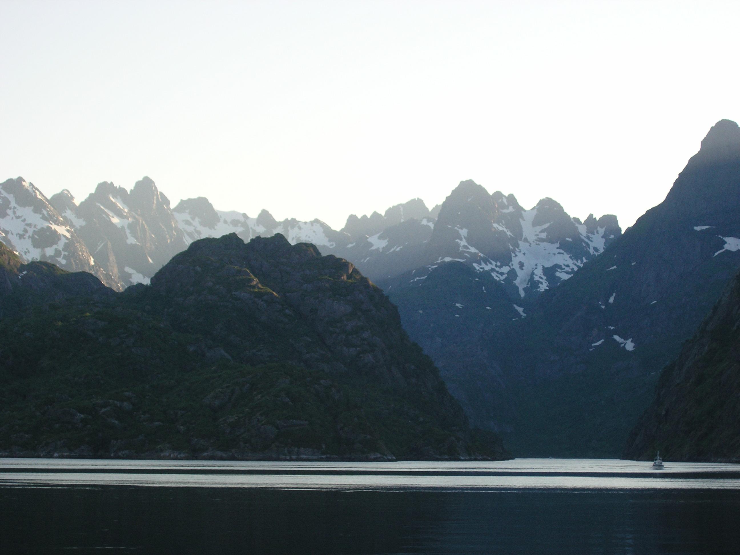 fjorden zeilen Noorwegen Lofoten Vesteralen Trollfjord sailing SeaWind norway zeilvakantie