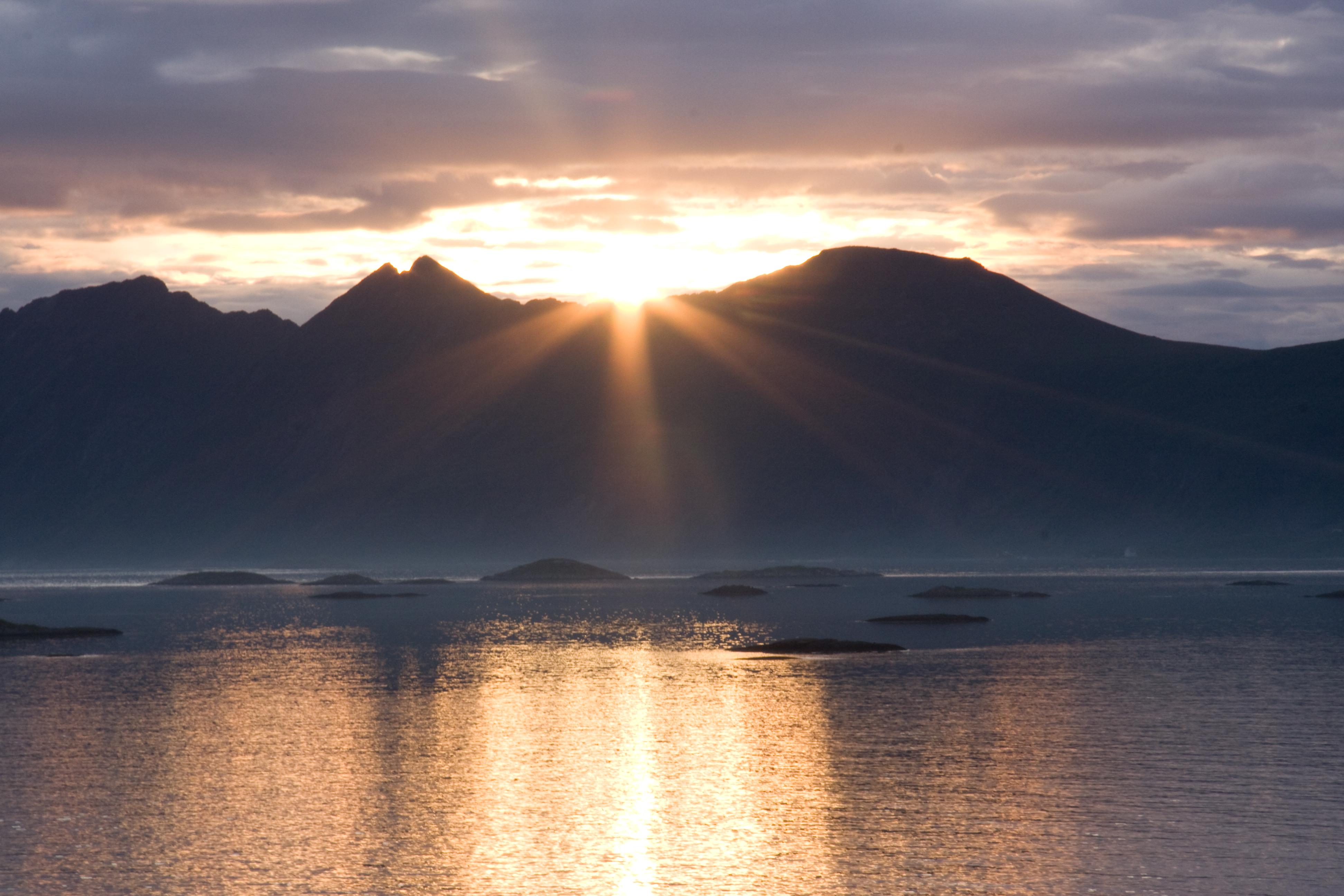 Noorwegen zeilen Bergen Lofoten Vesteralen Senja