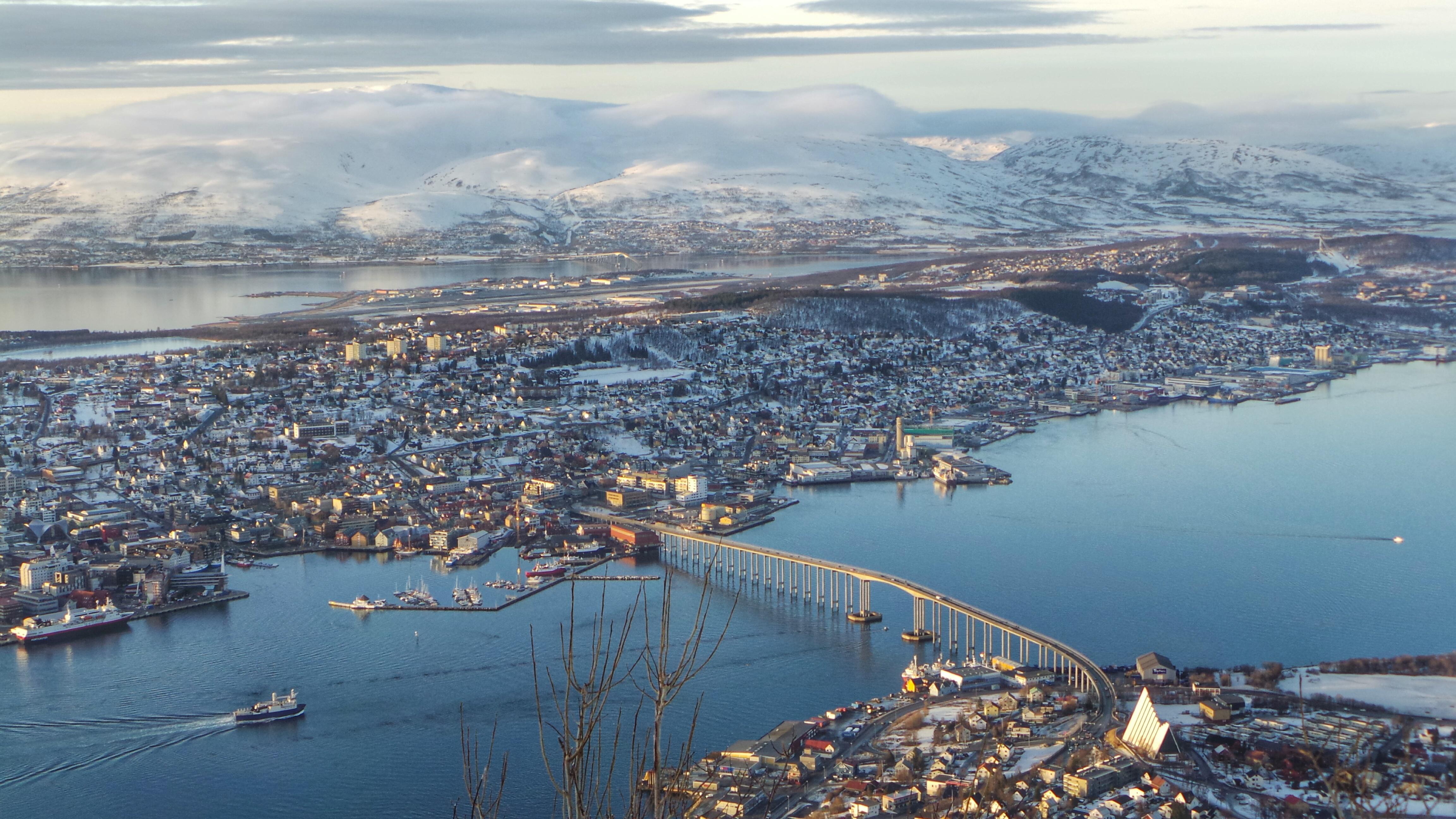 Tromso Fjellheisen reistip citytrip rondreis Noorwegen Scandinavie groepsreis SeaWind Adventures outdoor zeilen zeilreis vakantie